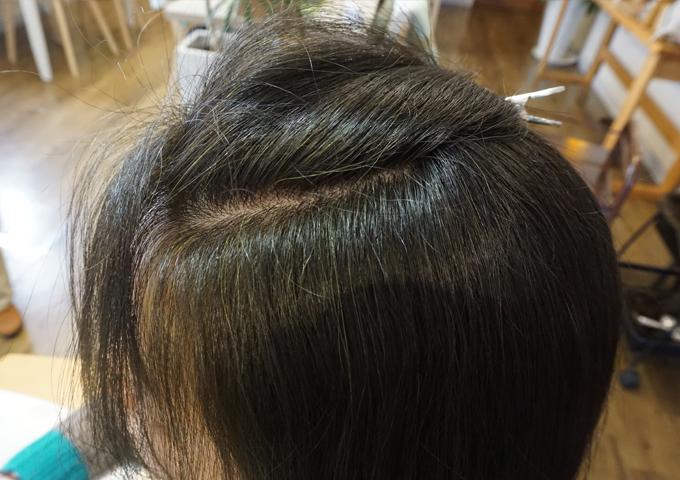 岐阜市のヘナとヘッドスパの美容室月と風のヘナ2度染めの仕上がりの画像