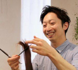 岐阜市のヘナとヘッドスパの美容室月と風のスタイリスト篠田翼の画像